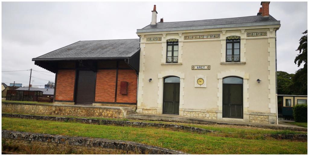 Pk 273,0 : Gare d'Argy (36) 36_arg12