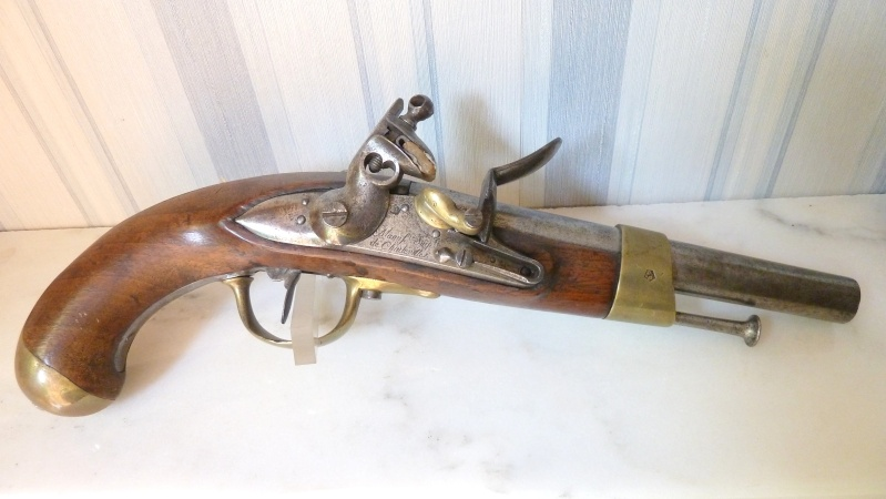 Aide identification pistolet à silex daté de 1811 An_xii13