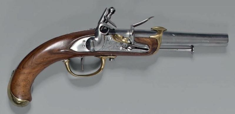 Recherche un pistolet de Marine 1779 comme cette photo Marine35