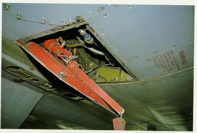 1/32nd Tamiya F-4 Phantoms - Page 2 E__11