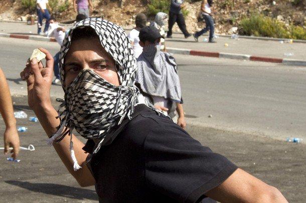 Conflit israélo-arabe et la cause palestinienne - Page 2 71549_10