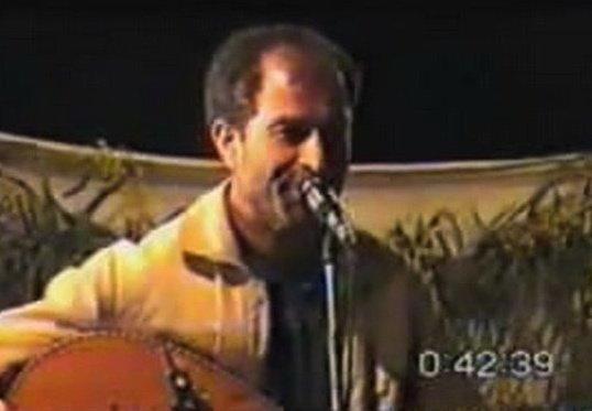 Azzedine Berkouk (chanteur, Aokas)  19857610