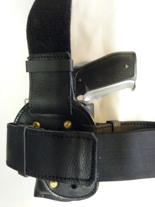 "HOLSTER CUIR "" MULTI FONCTIONS"" : le ""DREADFULL"" by SLYE P1040314"