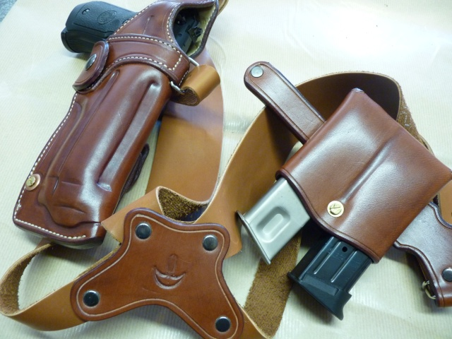 """HOLSTER d'AISSELLE """"Le TRADITIONAL"""" by SLYE P1040730"""