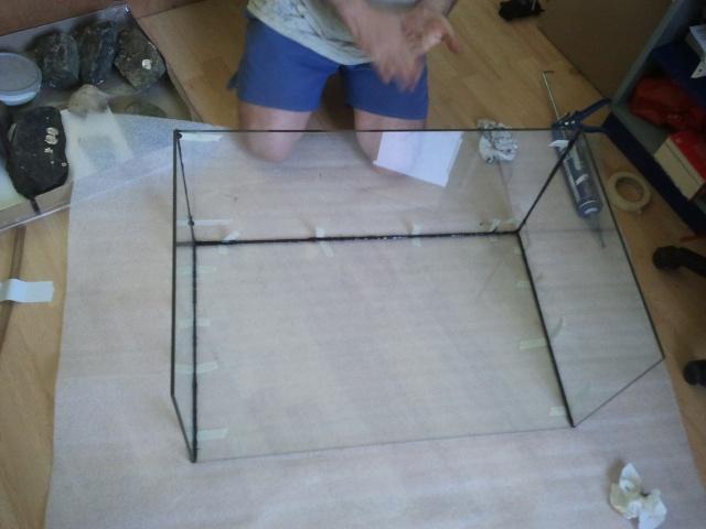 fabrication d'un aquarium  2011-018