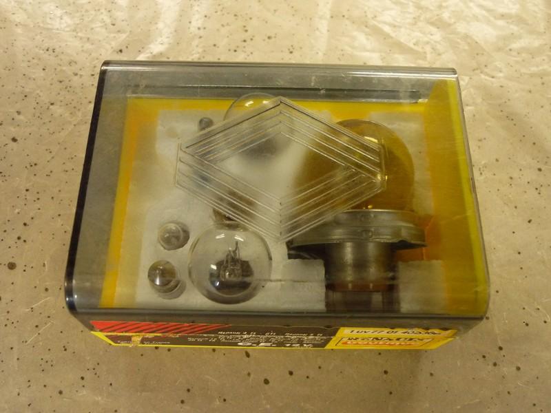 Anciennes boites d'ampoules Boite_10