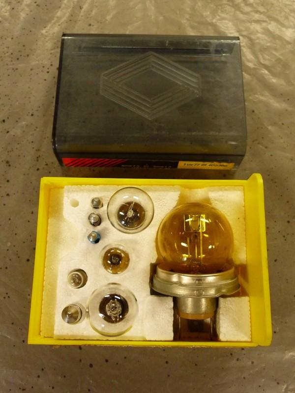 Anciennes boites d'ampoules Boite_12