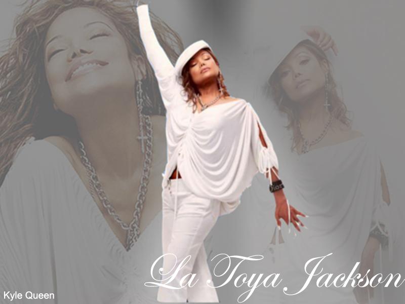 Wallpaper dedicati a LaToya  - Pagina 2 Dj5e10