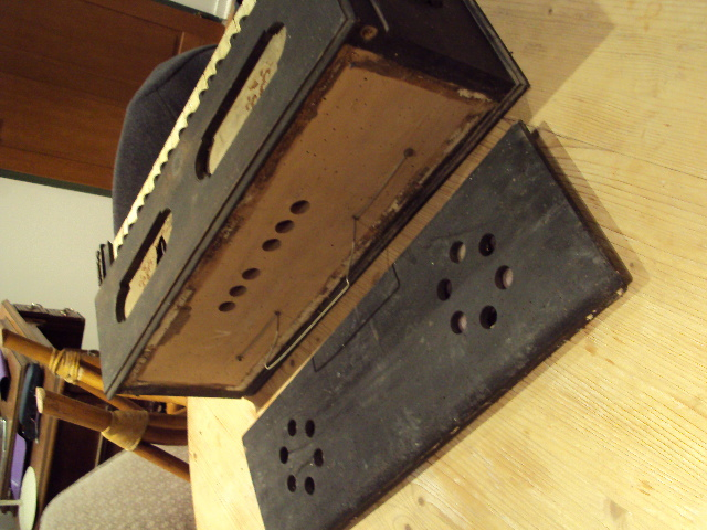 Identification de ce bel instrument [guide chant Alexandre] Dsc01413