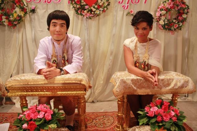 ตอนที่ 35 เผือก-โอปอล์ แต่งงานสายฟ้าแล่บ!! สุดช็อค!! นายกฯโผล่ร่วมงาน    Img_4110