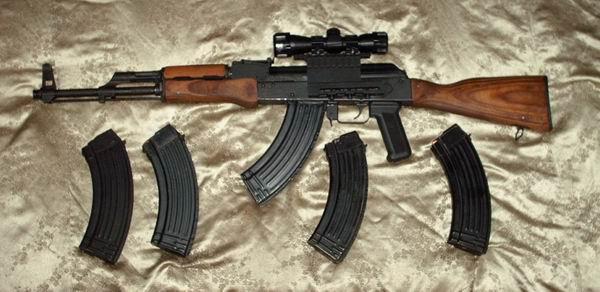 QUELLE LUNETTE POUR MON AK47 ? ? ? Wasr_a10