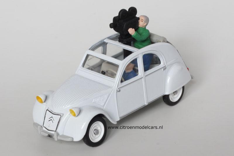 """Citroën miniatures > """"Véhicules de la presse, de la radio, de la télévision et du cinéma""""  2cv_ca10"""