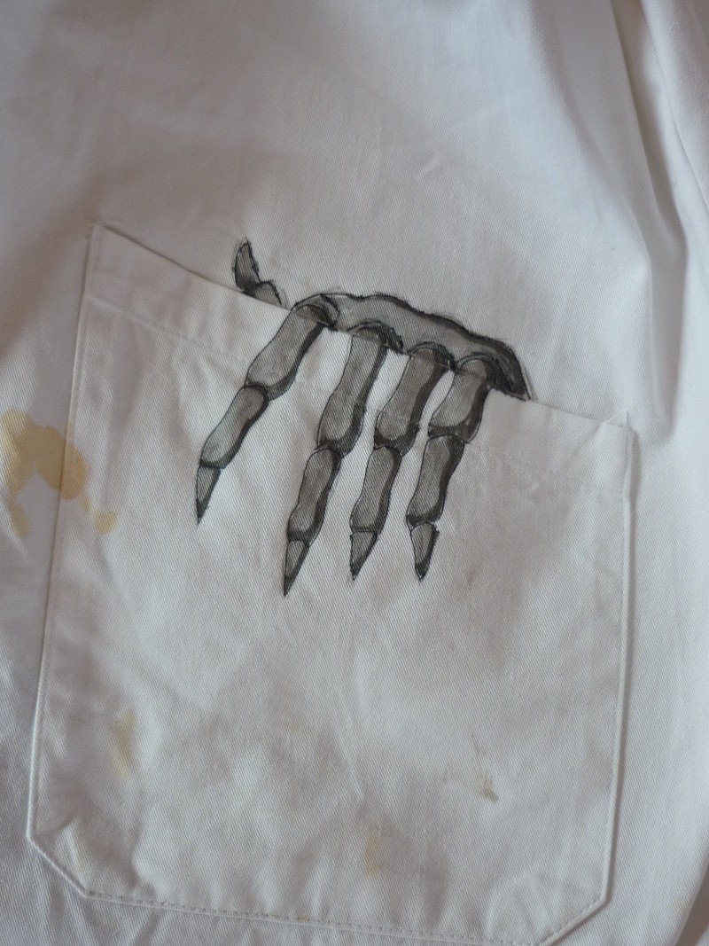 Coups de crayons entre coups d'archets... Skelli10