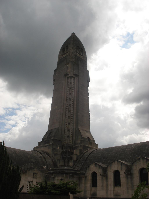 France - Lorraine - Ossuaire de Douaumont  Dsc06210
