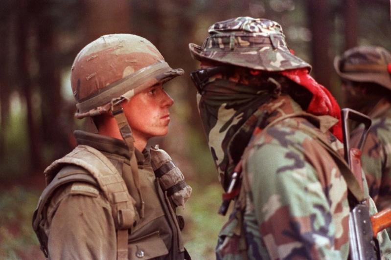 Legault dit qu'il ya des AK 47 à Kahnawake - Page 2 08ca2210