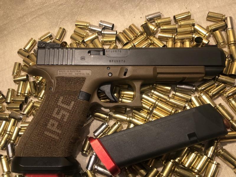 Glock19... 57bccf10