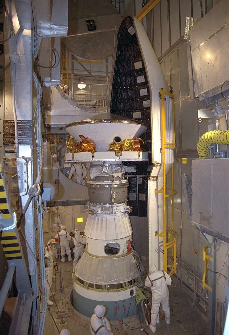 Curiosity / MSL (Mars Science Laboratory) - Page 14 Gpn-2010