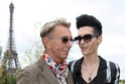 Bill attends another fashion show. Weltde13