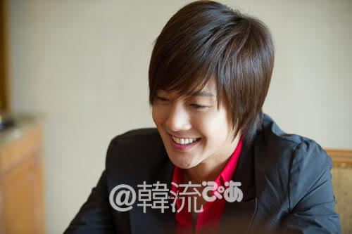 [29/09] Kim Hyun Joong at Hanryu PIA Interview (Editor's Notes) 10092910