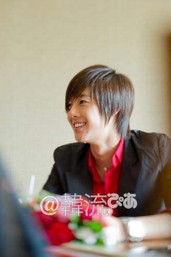 [29/09] Kim Hyun Joong at Hanryu PIA Interview (Editor's Notes) 10092911