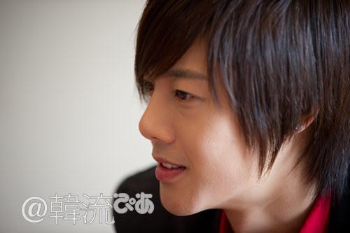 [29/09] Kim Hyun Joong at Hanryu PIA Interview (Editor's Notes) 10092913