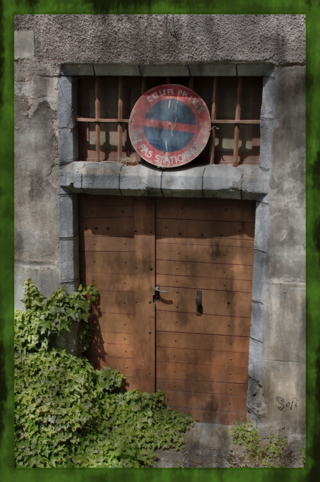 Fil à la porte. - Page 2 Portes11