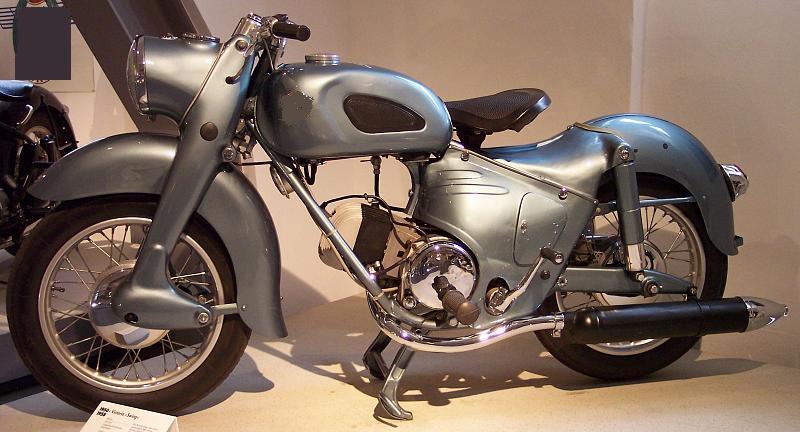 JO - Quelle moto ? n°2 - Page 2 Moto_010