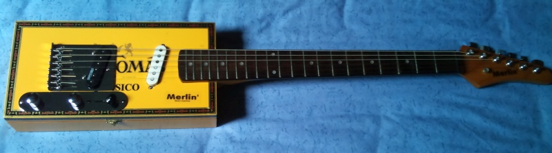 MERLIN' cigar boxes guitare No_210