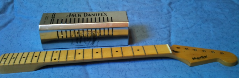 MERLIN' cigar boxes guitare No_410