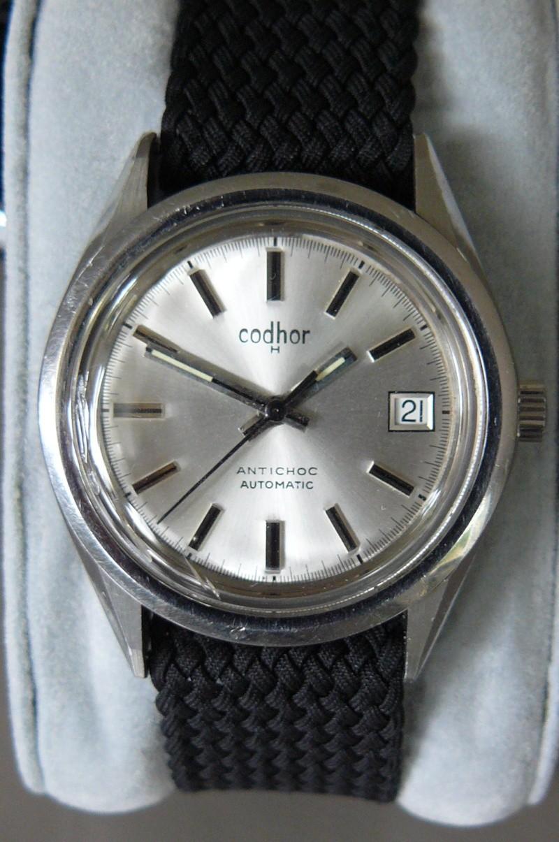 Enicar - Un post qui référence les montres de brocante... tome I - Page 37 P1050010