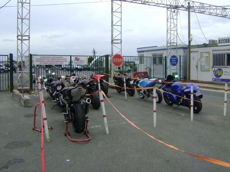25-26 juin : Vmax Le Club fete ses 20 ans au Circuit Carole. - Page 3 Dsc03021