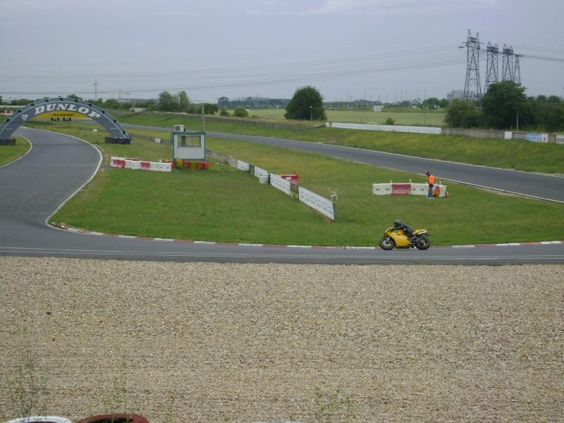 25-26 juin : Vmax Le Club fete ses 20 ans au Circuit Carole. - Page 3 Dsc03027