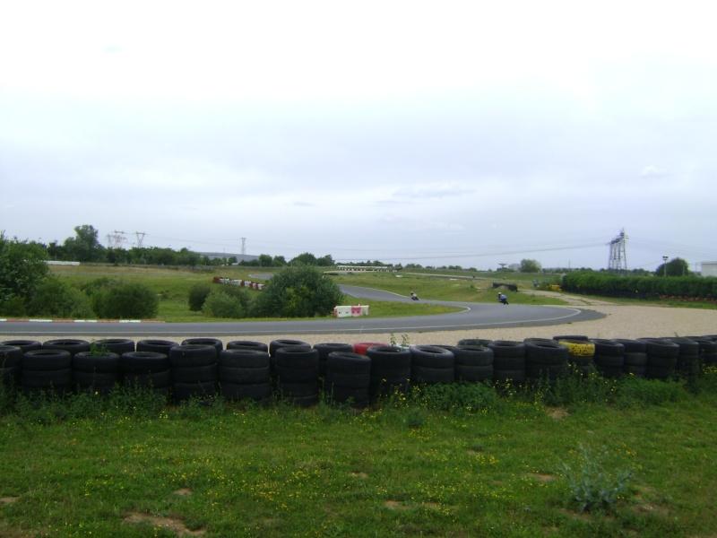 25-26 juin : Vmax Le Club fete ses 20 ans au Circuit Carole. - Page 3 Dsc03029