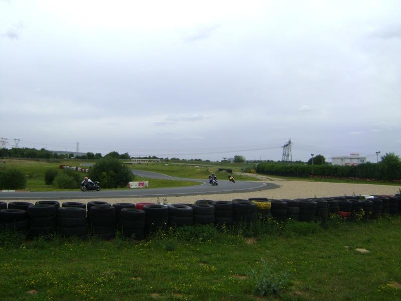 25-26 juin : Vmax Le Club fete ses 20 ans au Circuit Carole. - Page 3 Dsc03030