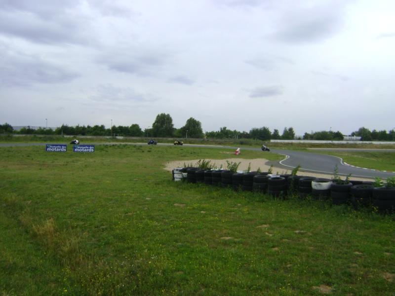 25-26 juin : Vmax Le Club fete ses 20 ans au Circuit Carole. - Page 3 Dsc03031