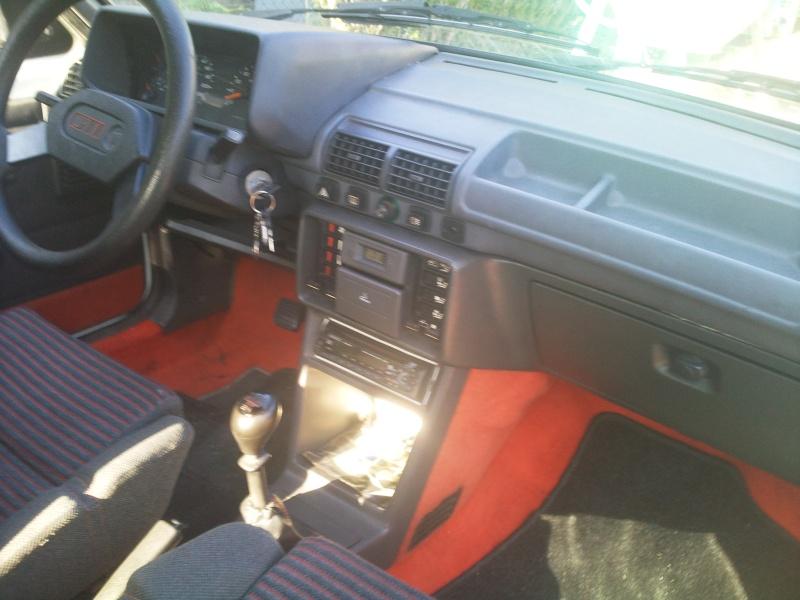 [nathan72] 205 GTI 1.6L 115cv Blanc Meije 1986 Photo015