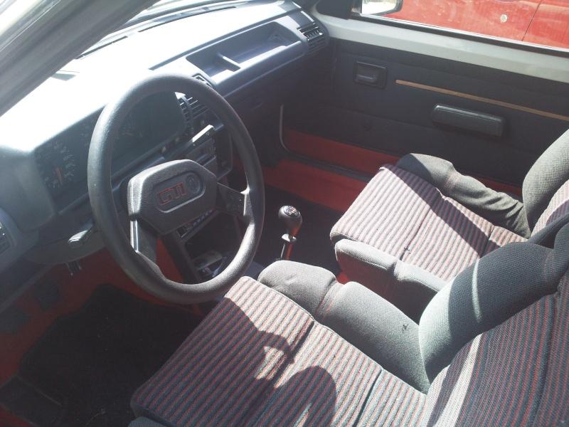 [nathan72] 205 GTI 1.6L 115cv Blanc Meije 1986 Photo017