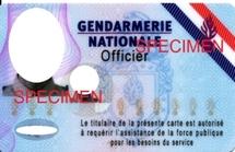 Une nouvelle carte professionnelle pour les gendarmes  Carte_10