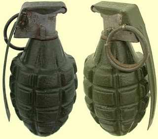 GENS  DU  VOYAGE...... Grenad10