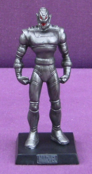 Les autres statues ou figurines de mon bureau... - Page 3 Ultron10