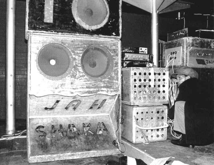 Jah Shaka Sound System - 70'lerden günümüze Zulu Warrior Jah_sh12