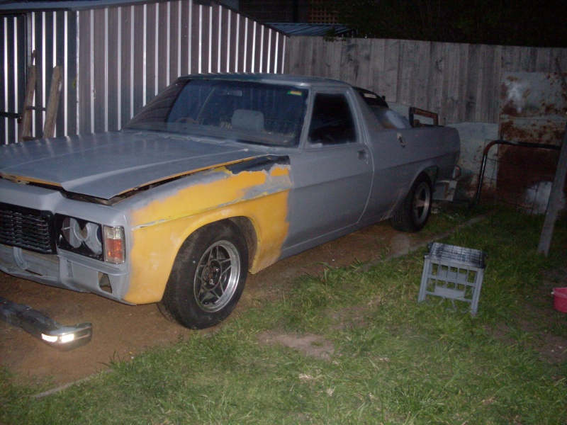 1972 HQ Holden side-style   Sdc11113