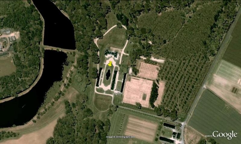 """La crise ...le château de Kerguehennec,  Morbihan 47°53'7.80""""N 2°44'3.99""""W [Défi trouvé] 111"""