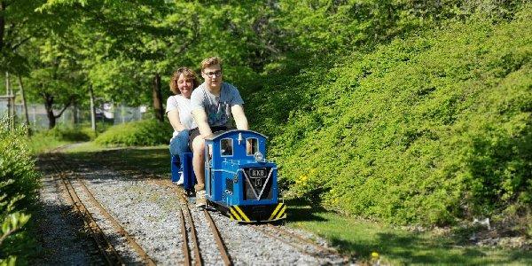 Gartenbahn in 5 Zoll - Seite 2 Img-2040