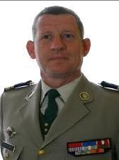 MAURIN Emmanuel - général ** Il commandait la 11e Brigade parachutiste. Il est sur le point de prendre le commandement de la Task Force Lafayette en Afghanistan  47909210
