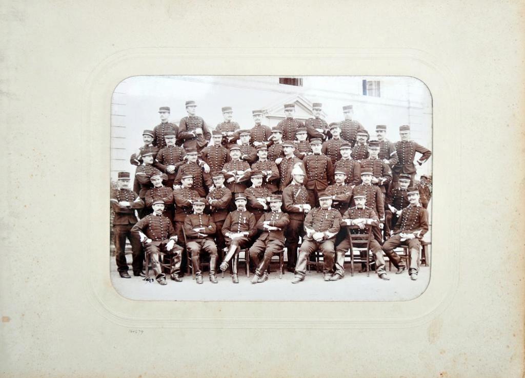 Album du 25e Dragon de 1897 en photo originale 610