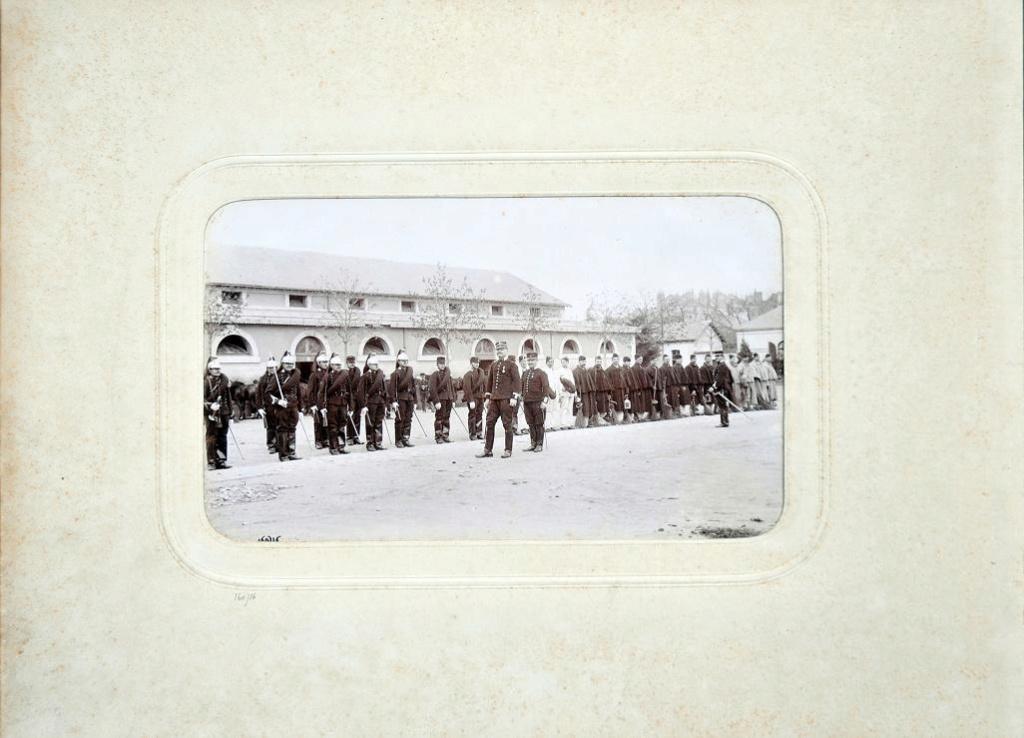 Album du 25e Dragon de 1897 en photo originale 710