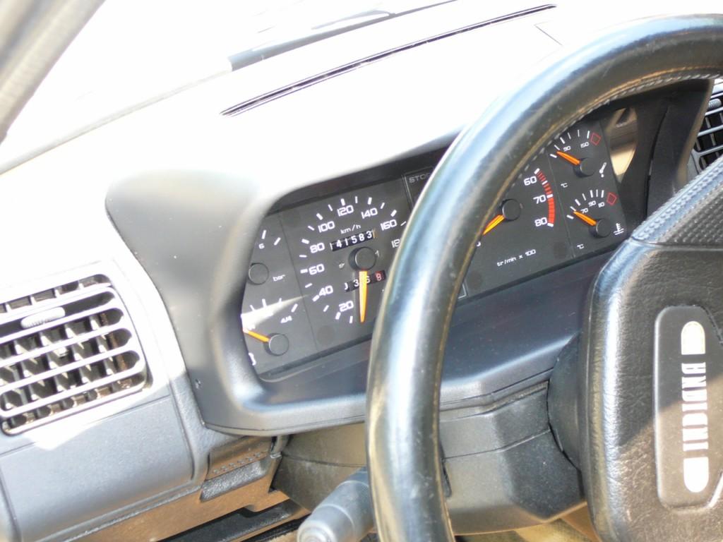 [Vendu] Peugeot 205 Indiana. P1020117