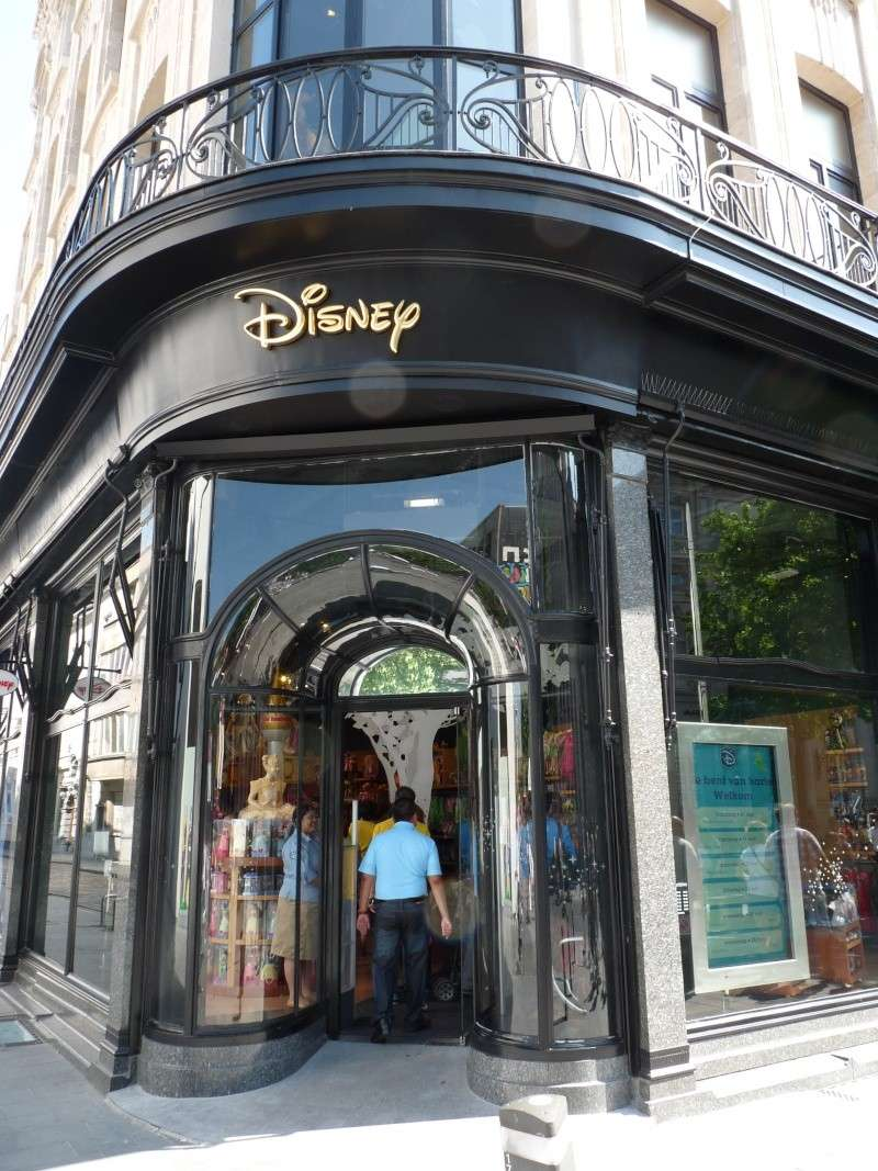 disney store anvers belgique  P1140711