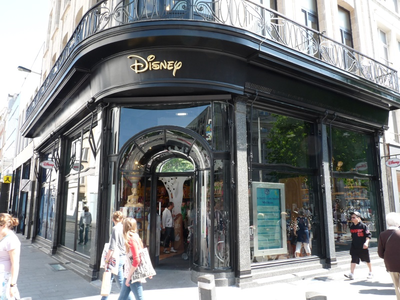 disney store anvers belgique  P1140712
